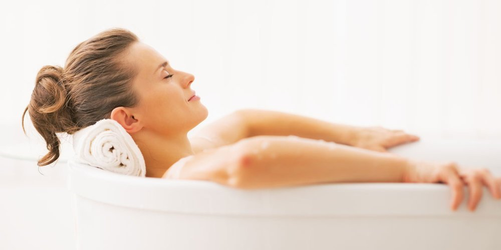 Make A Healing Bath With Essential Oils