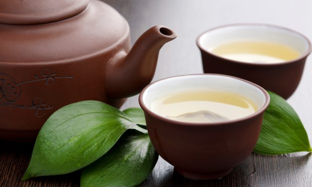 7 Healthy Reasons to Have a Cup of Green Tea
